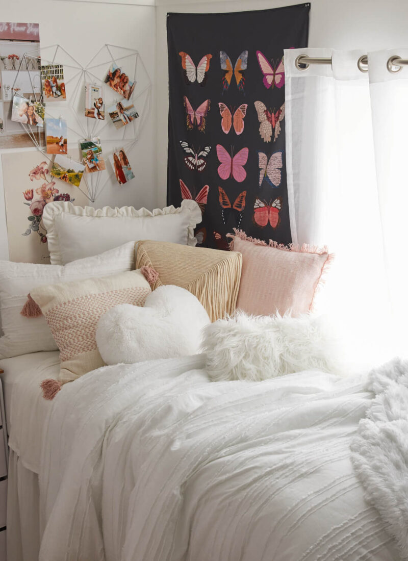 30 College Dorm Room Ideas To Give You Some Inspiration!