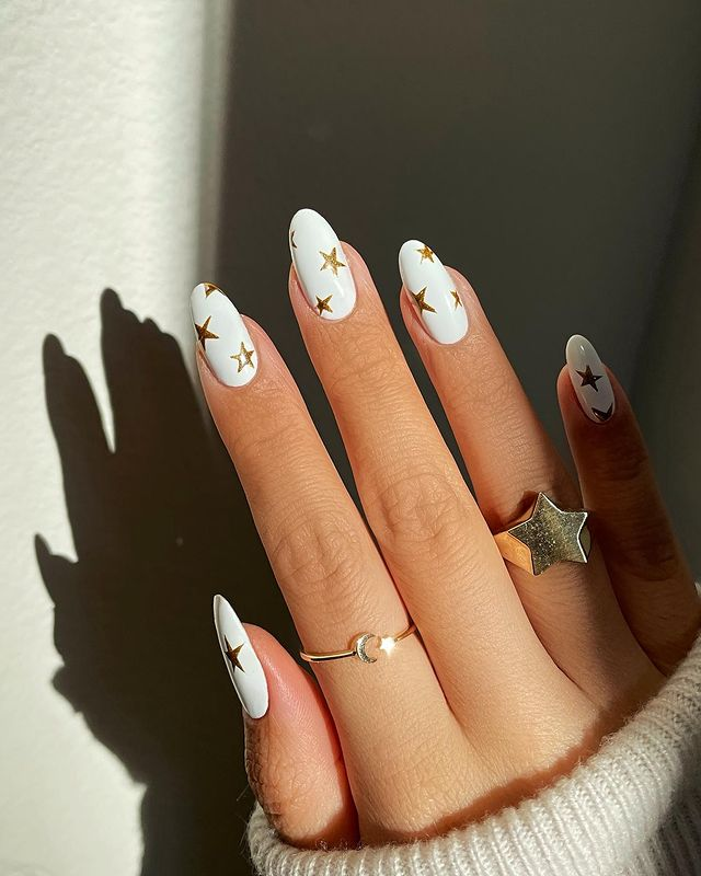 cute nails, cue nails acrylic, cute nails for summer, cute nail designs, cute nail ideas, cute nail art, star nails, white nails, star nails design, star nail ideas