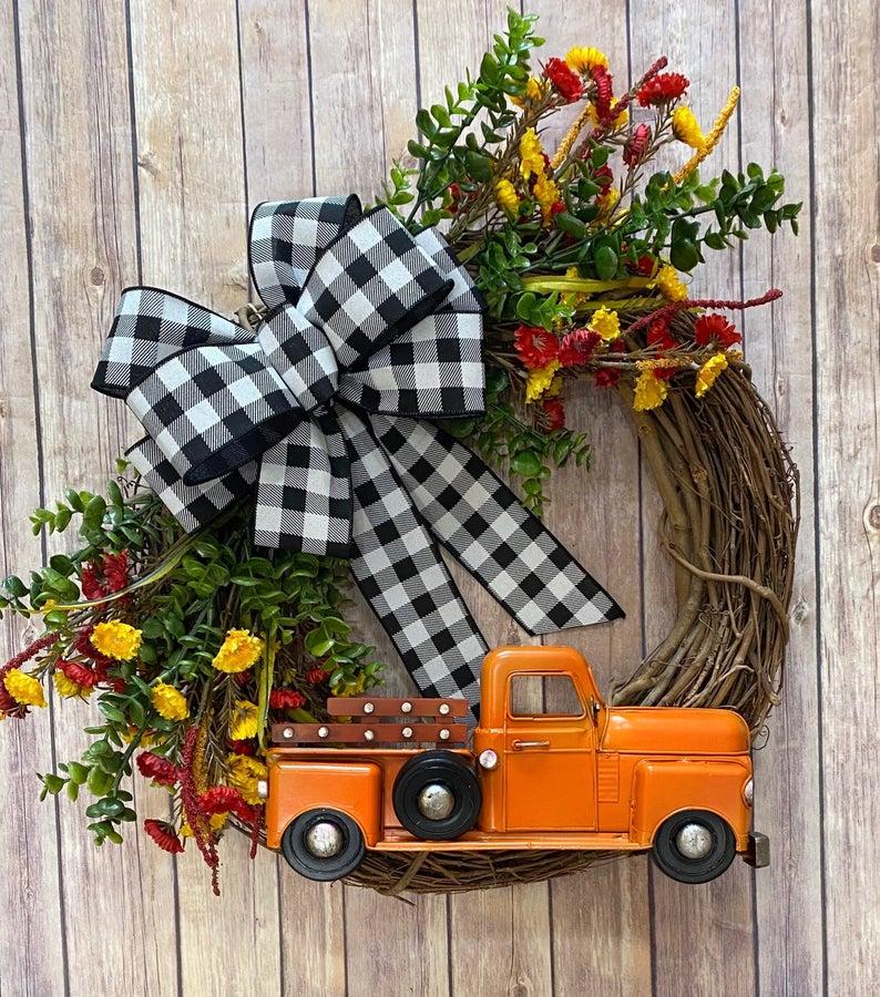 fall wreath, fall wreaths, fall wreaths for front door, fall wreath ideas DIY, fall wreath ideas, autumn wreaths, autumn wreath diy, autumn wreath or front door, fall truck wreath, gingham fall wreath