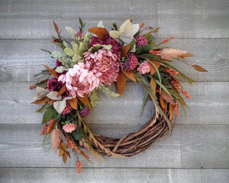 fall wreath, fall wreaths, fall wreaths for front door, fall wreath ideas DIY, fall wreath ideas, autumn wreaths, autumn wreath diy, autumn wreath or front door, pink fall wreath