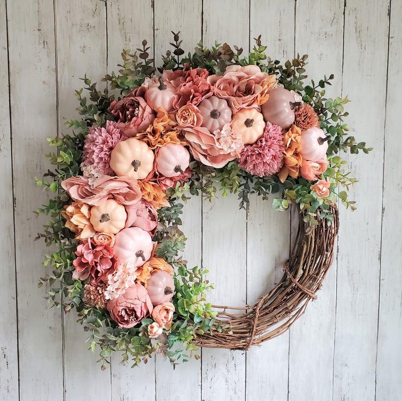 fall wreath, fall wreaths, fall wreaths for front door, fall wreath ideas DIY, fall wreath ideas, autumn wreaths, autumn wreath diy, autumn wreath or front door, pink fall wreath, pink pumpkin wreath