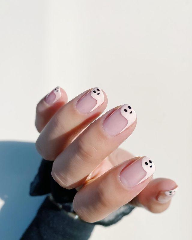 halloween nails, halloween nails acrylic, halloween nails ideas, halloween nails short, halloween nails simple, halloween nails easy, halloween nails 2021, halloween nails acrylic coffin, ghost nails, ghost nail art