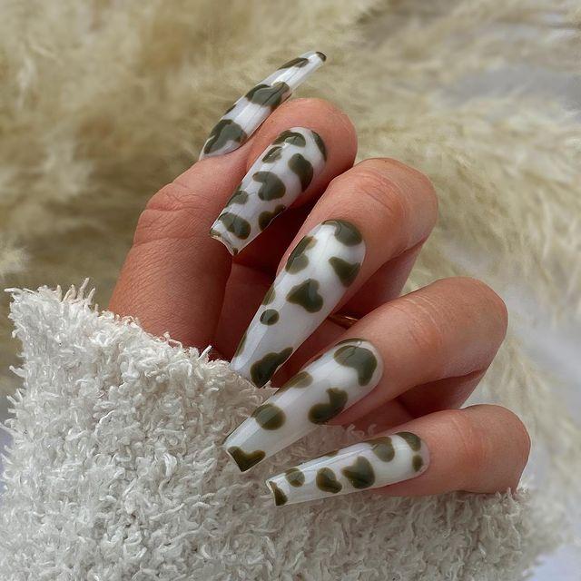 fall nails, fall nail designs, fall nails 2021, fall nail colors, fall nails acrylic, fall nails simple, fall nail art, fall nail ideas, simple fall nails, cute fall nails, cow print nails, cow print nail designs