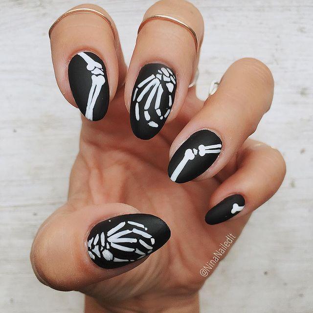 halloween nails, halloween nails acrylic, halloween nails ideas, halloween nails short, halloween nails simple, halloween nails easy, halloween nails 2021, halloween nails acrylic coffin, black nails, skeleton nails