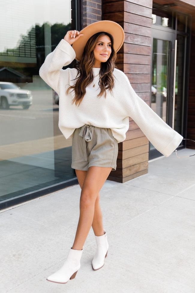 fall outfits, fall outfits women, fall outfits 2021, fall outfit ideas, fall outfits aesthetic, fall outfits fo school, neutral fall outfit