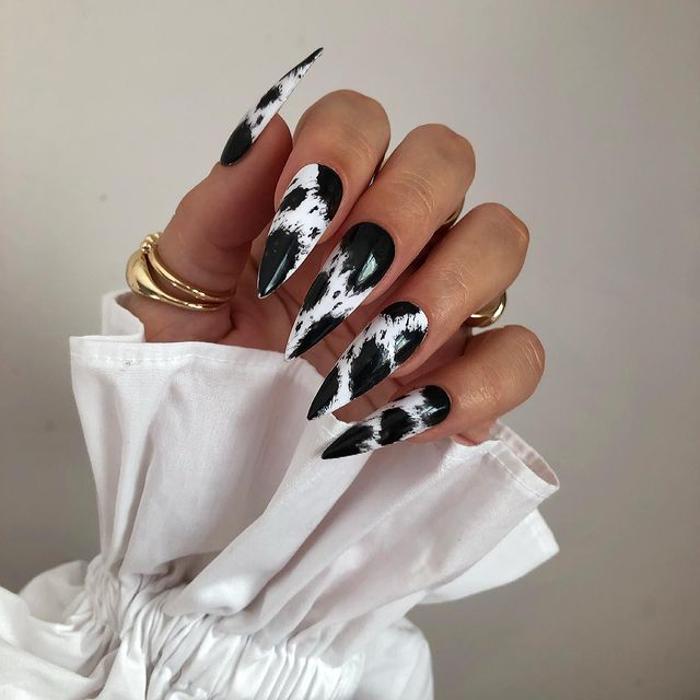 fall nails, fall nail designs, fall nails 2021, fall nail colors, fall nails acrylic, fall nails simple, fall nail art, fall nail ideas, simple fall nails, cute fall nails, cow print nails, cow print nail ideas