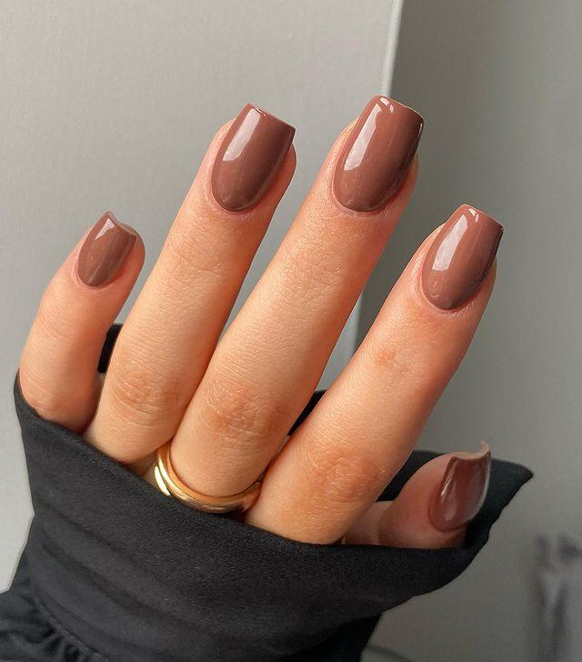 fall nails, fall nail designs, fall nails 2021, fall nail colors, fall nails acrylic, fall nails simple, fall nail art, fall nail ideas, simple fall nails, cute fall nails, mocha nails, brown nails