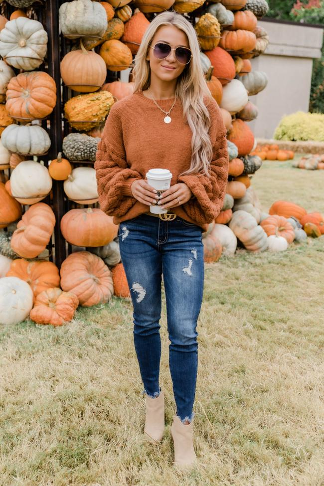 fall outfits, fall outfits women, fall outfits 2021, fall outfit ideas, fall outfits aesthetic, fall outfits fo school, fall sweater outfit
