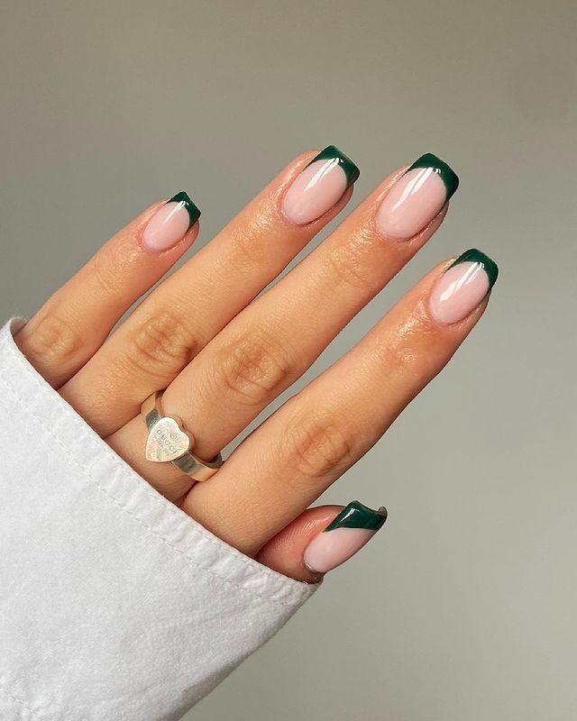 fall nails, fall nail designs, fall nails 2021, fall nail colors, fall nails acrylic, fall nails simple, fall nail art, fall nail ideas, simple fall nails, cute fall nails, French tip nails, French tip nail art