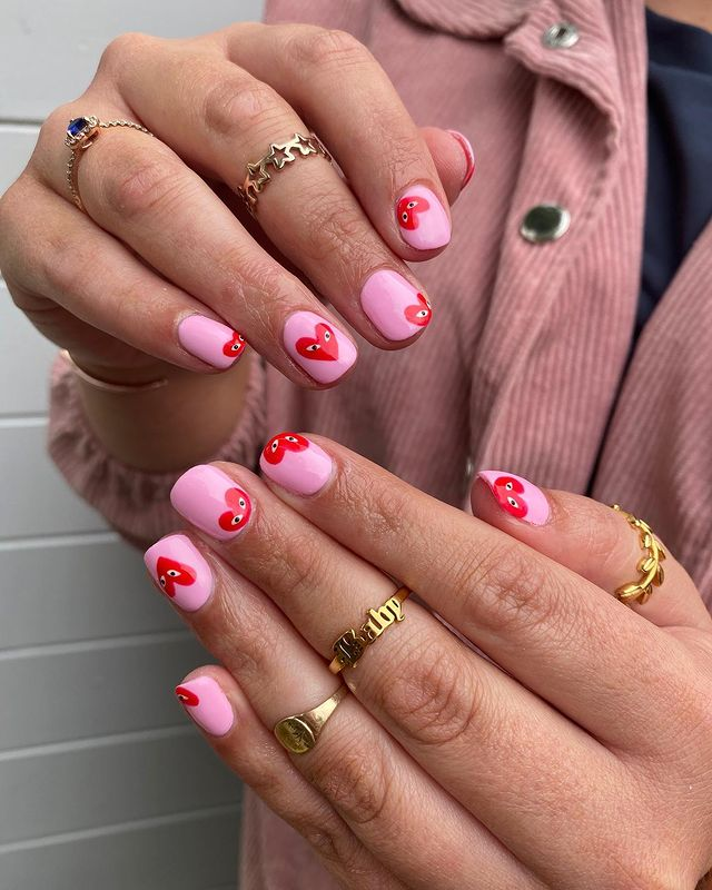 cute nails, cue nails acrylic, cute nails for summer, cute nail designs, heart nails, heart nail ideas, cute nail ideas, cute nail art, pink nails, pink nail ideas, pink nail art