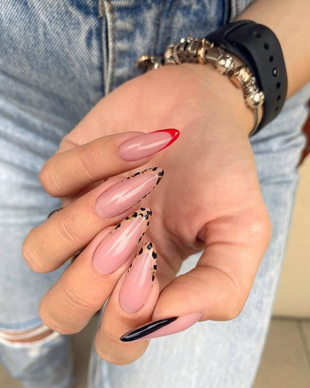 fall nails, fall nail designs, fall nails 2021, fall nail colors, fall nails acrylic, fall nails simple, fall nail art, fall nail ideas, simple fall nails, cute fall nails, leopard nails, French tip nails