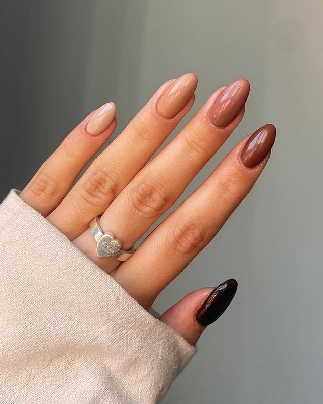 fall nails, fall nail designs, fall nails 2021, fall nail colors, fall nails acrylic, fall nails simple, fall nail art, fall nail ideas, simple fall nails, cute fall nails, neutral nails, ombre nails, gradient nails