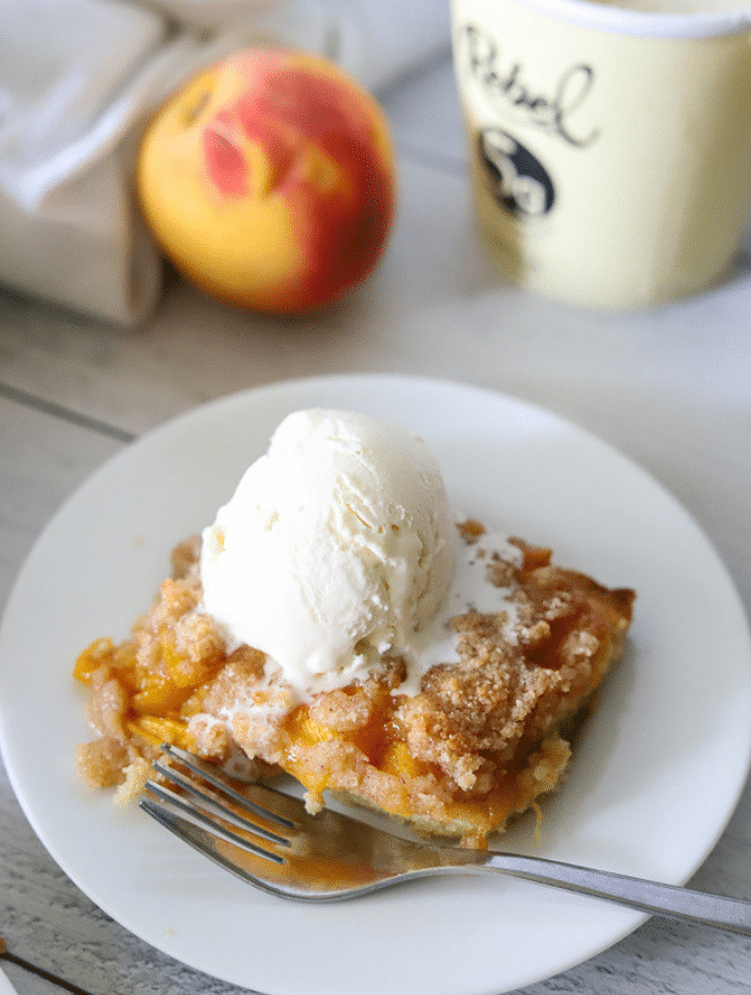 peach recipe, peach recipes, peach recipes healthy, peach recipe easy, keto dessert, keto dessert recipe, keto recipe, keto cobbler recipe, peach cobbler recipe