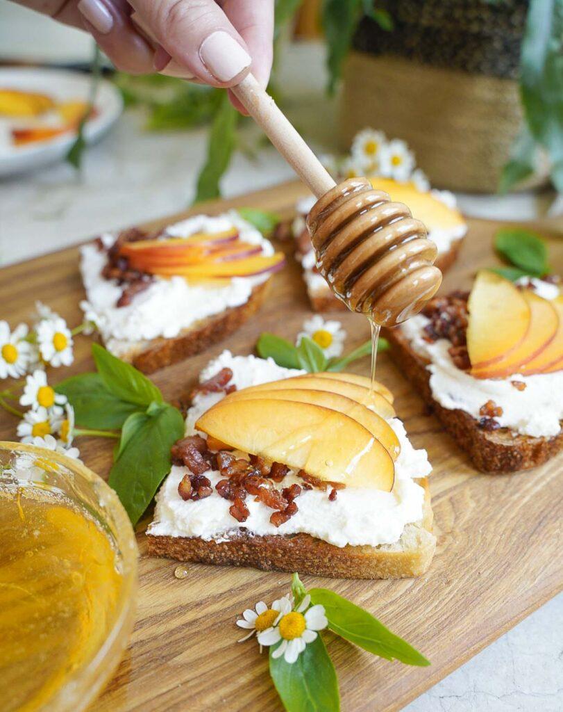 peach recipe, peach recipes, peach recipes healthy, peach recipe easy, peach breakfast recipe, peach toast, peach appetizer recipe, peach recipe breakfast, peach snack recipe