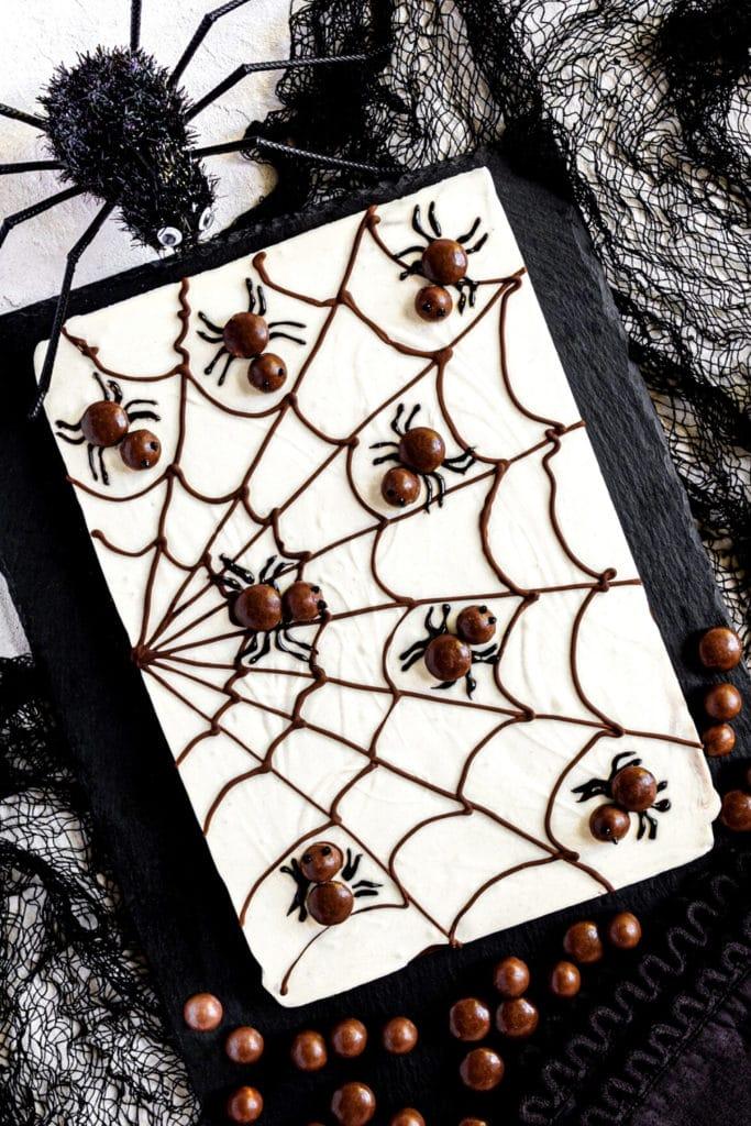 halloween treats, halloween treats easy, halloween treats for kids, halloween treats desserts, halloween treats ideas, halloween desserts, halloween dessert for parties, halloween desserts easy, halloween desserts kids