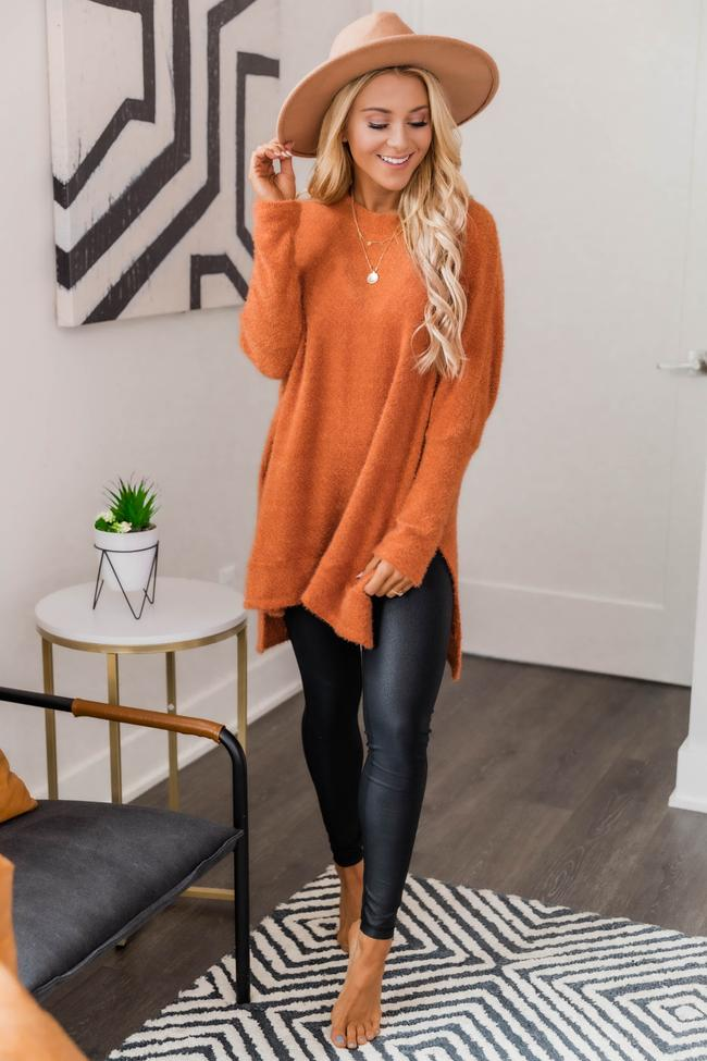 fall outfits, fall outfits women, fall outfits 2021, fall outfit ideas, fall outfits aesthetic, fall outfits fo school, leggings outfits, fall leggings outfit, orange sweater outfit