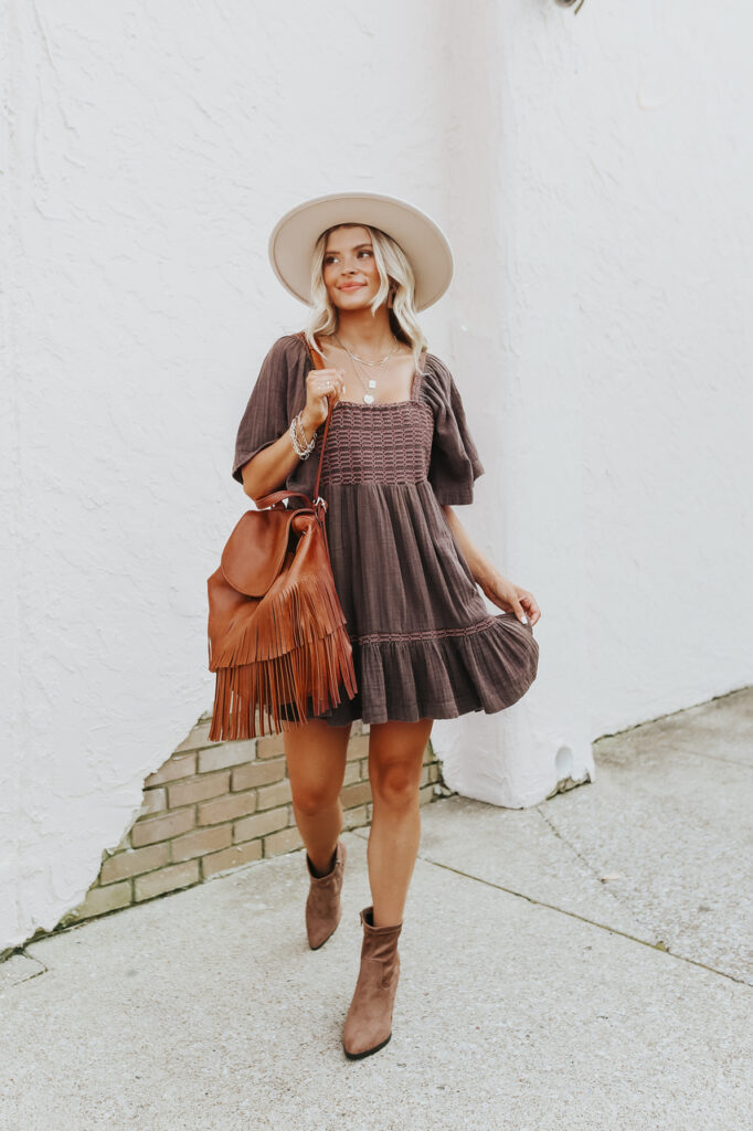 fall outfits, fall outfits women, fall outfits 2021, fall outfit ideas, fall outfits aesthetic, fall outfits fo school, fall dress outfit