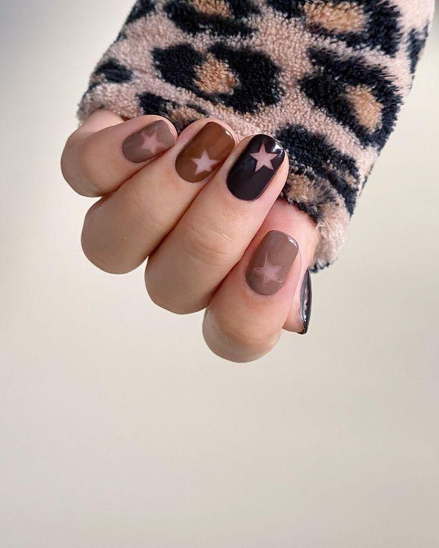 brown nails, brown nails acrylic, brown nails design, brown nails ideas, brown nails aesthetic, brown nails short, brown nails acrylic almond, brown nails acrylic coffin, easy brown nails, simple brown nails, trendy brown nails, star nails, star nail designs, star nail ideas, star nails short