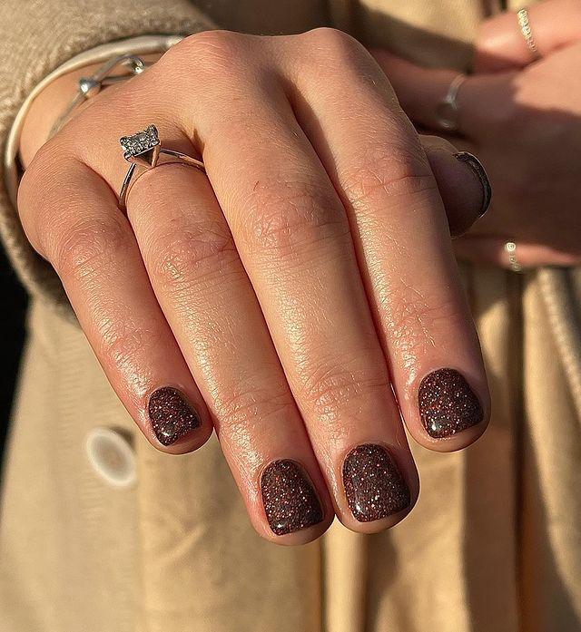 brown nails, brown nails acrylic, brown nails design, brown nails ideas, brown nails aesthetic, brown nails short, brown nails acrylic almond, brown nails acrylic coffin, easy brown nails, simple brown nails, trendy brown nails, sparkle nails, glitter nails