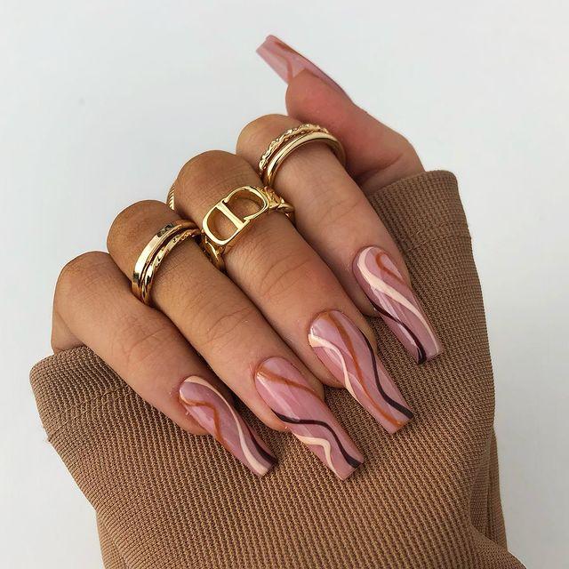 brown nails, brown nails acrylic, brown nails design, brown nails ideas, brown nails aesthetic, brown nails short, brown nails acrylic almond, brown nails acrylic coffin, easy brown nails, simple brown nails, trendy brown nails, swirl nails, swirl nail ideas, fall swirl nails