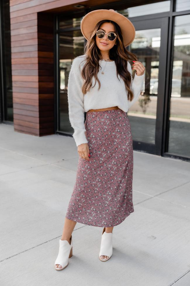 fall outfit idea, fall outfit ideas, fall outfits, fall outfits 2021, fall outfits women, fall outfits aesthetic, fall outfit inspiration, fall outfits for school, cute fall outfits, fall floral skirt outfit, floral skirt outfit