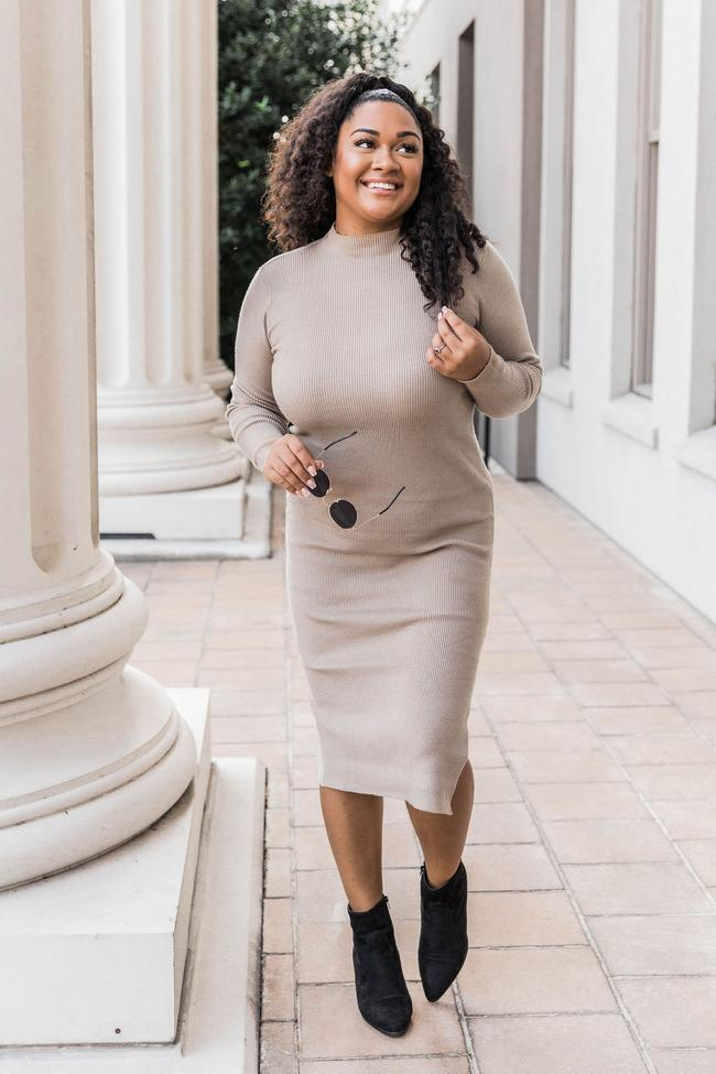 fall outfit idea, fall outfit ideas, fall outfits, fall outfits 2021, fall outfits women, fall outfits aesthetic, fall outfit inspiration, fall outfits for school, cute fall outfits, ribbed sweater dress outfit, sweater dress outfit, fall maxi dress