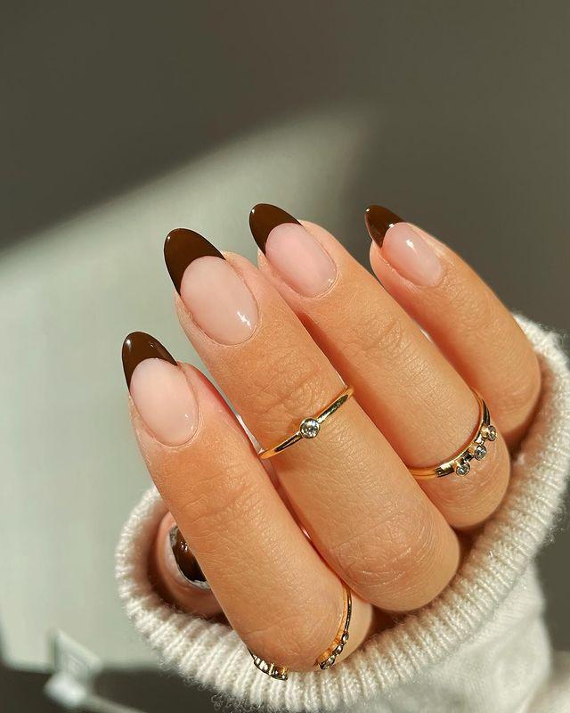 brown nails, brown nails acrylic, brown nails design, brown nails ideas, brown nails aesthetic, brown nails short, brown nails acrylic almond, brown nails acrylic coffin, easy brown nails, simple brown nails, trendy brown nails, French tip nails, French tip nail ideas