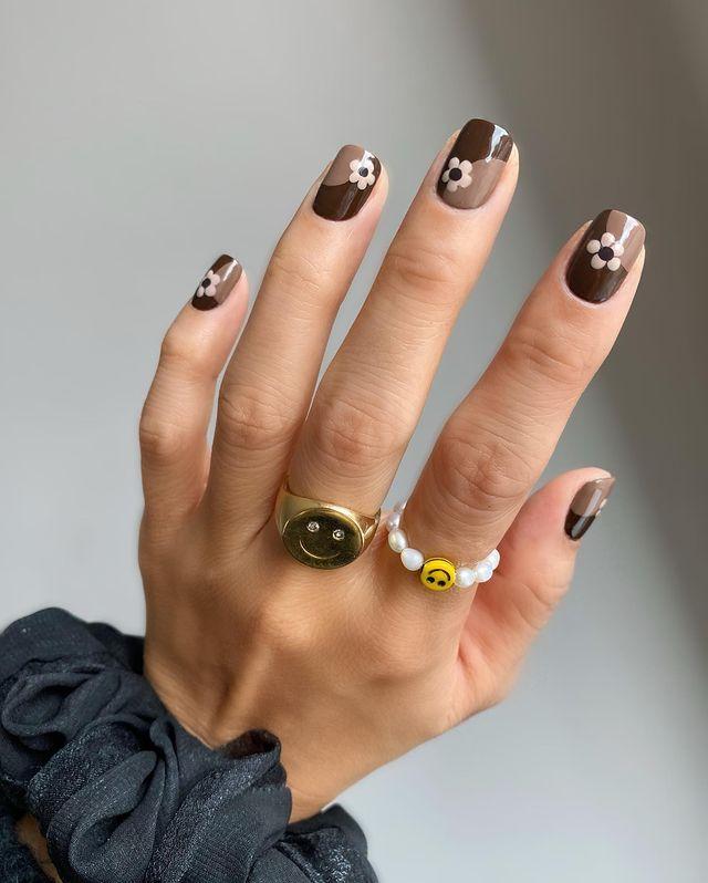 brown nails, brown nails acrylic, brown nails design, brown nails ideas, brown nails aesthetic, brown nails short, brown nails acrylic almond, brown nails acrylic coffin, easy brown nails, simple brown nails, trendy brown nails, floral nails, floral nail ideas, floral nail designs