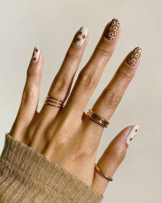 brown nails, brown nails acrylic, brown nails design, brown nails ideas, brown nails aesthetic, brown nails short, brown nails acrylic almond, brown nails acrylic coffin, easy brown nails, simple brown nails, trendy brown nails, retro nails, floral nails, floral nail ideas, fall floral nails