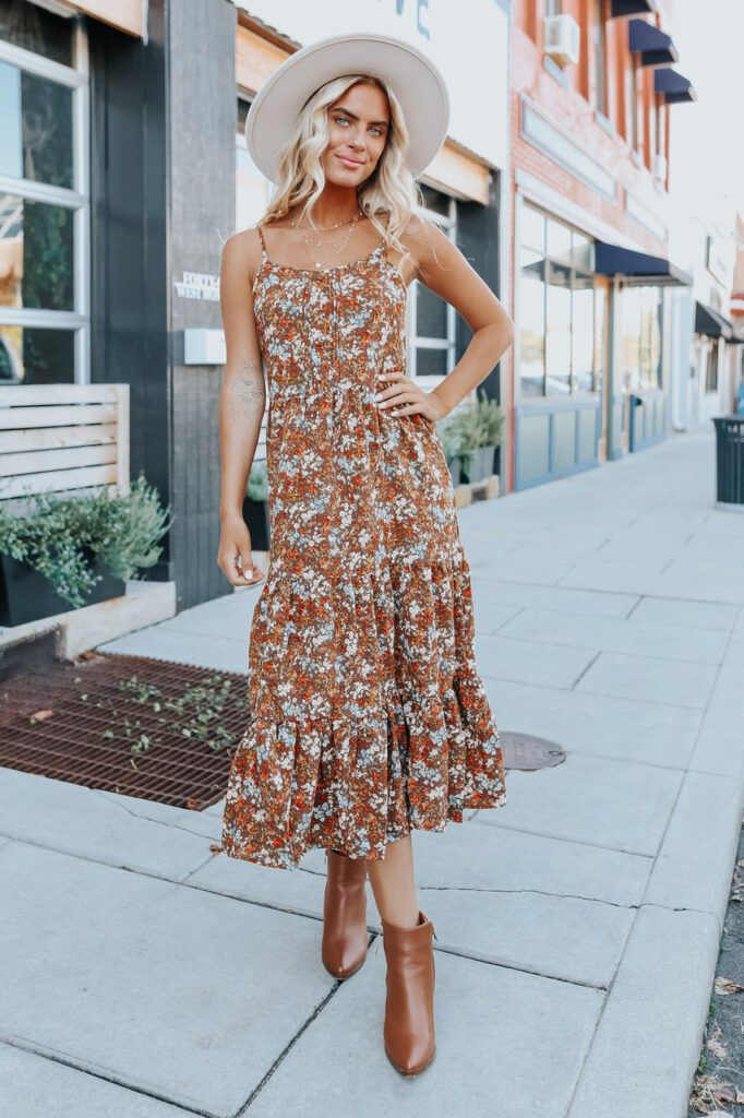 fall outfit idea, fall outfit ideas, fall outfits, fall outfits 2021, fall outfits women, fall outfits aesthetic, fall outfit inspiration, fall outfits for school, cute fall outfits, floral maxi dress, fall dress outfit