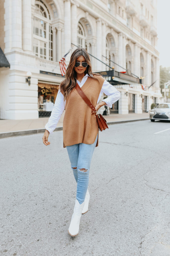 fall outfit idea, fall outfit ideas, fall outfits, fall outfits 2021, fall outfits women, fall outfits aesthetic, fall outfit inspiration, fall outfits for school, cute fall outfits, dark academia outfit, light academia outfit