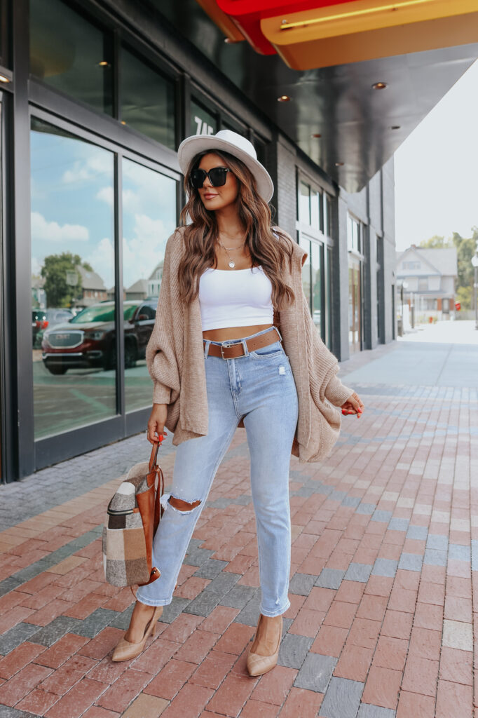 fall outfit idea, fall outfit ideas, fall outfits, fall outfits 2021, fall outfits women, fall outfits aesthetic, fall outfit inspiration, fall outfits for school, cute fall outfits, cardigan outfit, fall cardigan outfit
